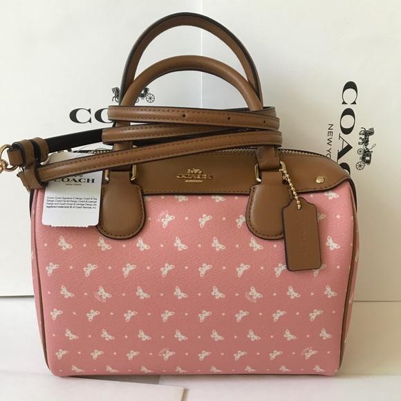 nike bags 299 shipping today duffel bag poshmark sale retailer e07b2 7278e  - swamijikipathshala.com e42a24613e